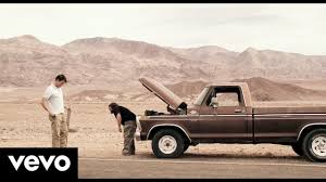 100 Pickup Truck Kings Of Leon Lyrics The Bucket Subtitulada En Espaol YouTube