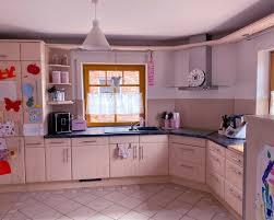 küche einbauküche küchenzeile mikrowelle herd spüle