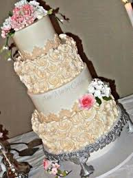 Wright Wedding Cake 300x400