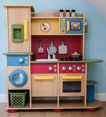 little tikes cookin creations premium wood kitchen amazon co uk