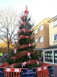 Christmas Tree Shop Bangor Maine by 11 Differences Between Christmas In America And Christmas In Britain