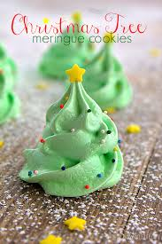 Christmas Tree Meringues Uk by Merry Christmas Meringue Cookies With White Chocolate Decorations