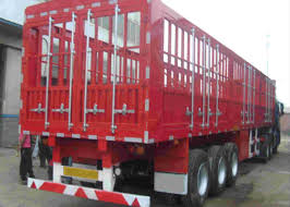 100 Semi Truck Spare Tire Carrier Double Fence Trailer Long Vehicle 3 Axle Trailer Color Customized