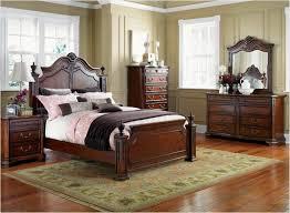 Bedroom Sets On Craigslist by Bedroom Black Wooden Craigslist Bedroom Sets With Rug And White