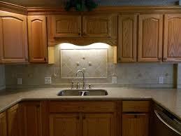 Kitchen Backsplash Designs With Oak Cabinets by L Shaped Design Oak Cabinet Brown Plaid Tiles Backsplash Classic