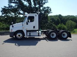 100 Day Cab Trucks For Sale 2010 FREIGHTLINER CASCADIA DAYCAB FOR SALE 453