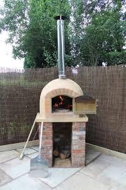 four a pizza exterieur four à pizza extérieur pour cuire pizza dans le jardin