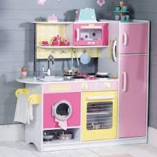 cuisine bois fille cuisine en bois fille 2 ans cuisine idées de décoration de