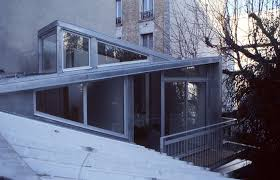 bureau du logement addition to a residence in atela architectes
