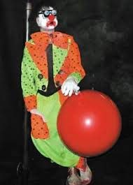 Scary Halloween Props For Haunted House by 29 Best Haunted House Clowns Images On Pinterest Halloween Stuff