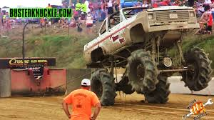 100 Mega Truck Racing EXTREME Pulling At The Cornfield 500