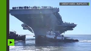 plus gros porte avion du monde le porte avions le plus cher de l histoire livré à l us navy