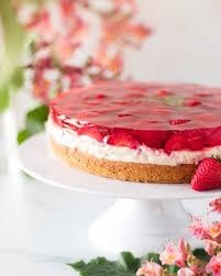 vegane erdbeer creme torte