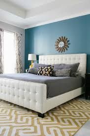 Blue Bedroom Wall by Best 25 Yellow Master Bedroom Ideas On Pinterest Yellow