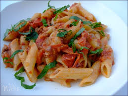 penne rigate tomates et gorgonzola waiting for the sun
