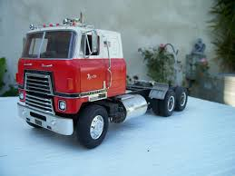 Amt Model Truck Kits Elegant International Harvester 1 25 Scale ...