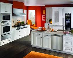 Best Color For Kitchen Cabinets 2015 by Best Kitchen Color For Small Kitchen Inspiring Home Design