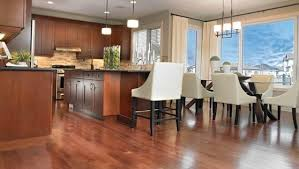 26 Feb Top 10 Questions To Ask When Buying Hardwood Flooring