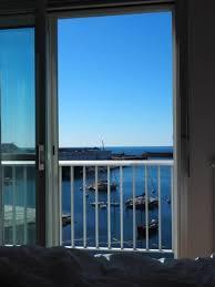 hotel du port lesconil terrasse de l hôtel du port lesconil vue mer photo de hotel du