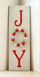 23 DIY Holiday Decor Ideas To Deck The Halls With This Season Wooden Christmas CraftsMerry