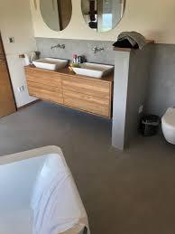 beton ciré bäder fugenloses design ideal für renovierung