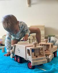 100 Fagus Trucks Wooden Toy Old Willow Lane