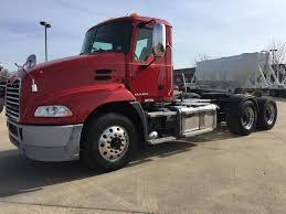 100 Beelman Trucking 2014 MACK PINNACLE CXU613 East St Louis IL 5002358593