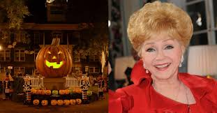 Halloween Town Cast 2016 by Debbie Reynolds Is Being Remembered By U201challoweentown U201d Cast This