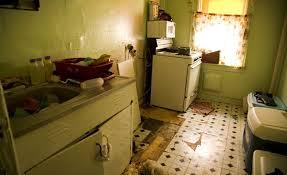 Apartamentos Bahia Everything Was Total Run Down Inside The