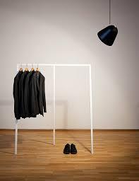 kleiderstange und wie sie inszeniert schöner wohnen