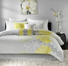J Queen Brianna Curtains by Amazon Com Madison Park Lola Comforter Set Queen Grey Yellow