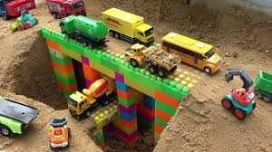 Bridge Construction Trucks For Kids - Excavator, Bulldozer, Dump ...