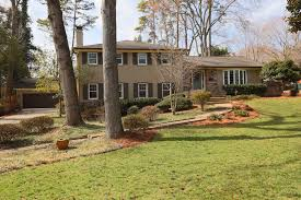 100 Split Level Curb Appeal In Sherwood Forest Bungalows Of