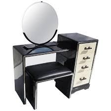 Birdseye Maple Vanity Dresser by 1930s Vanities 61 For Sale At 1stdibs