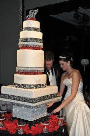 2 beautiful white wedding cakes with bling 14