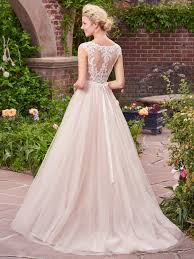 Image Gallery Of Strikingly Rustic Wedding Dress Terrific 6 Best Dresses For A Love Maggie
