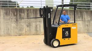 YALE STANDUP ELECTRIC FORKLIFT, - YouTube Forklift Types Classifications Cerfications Western Materials Standup Electric Reach Truck 11988 Used Raymond Easi Ces 820 Crown 45rrtt Coronado Equipment Sales Digger Welbrit Endcontrolled Rider Pallet Jack Riding Toyota Forklifts Swing Turret 3wheel Lifttruckstuffcom New Lift R Series 12t Mast Reachable Demo 20827 Josts Trucks Are Powerful And Energy Efficient