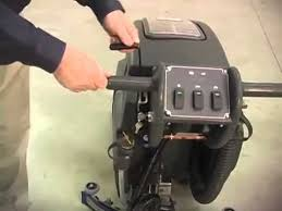Viper 28t Floor Scrubber by Viper Fang 20 Auto Scrubber Youtube