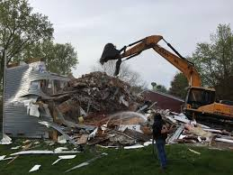 100 Bettendorf Trucking Demolishes Home In Flood Zone Government And Politics