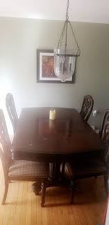 Dining Room Table For Sale In Goldsboro PA