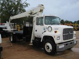 1996 FORD L7000 S/A FLATBED BOOM TRUCK