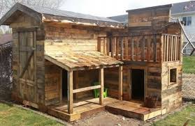 Great Uses Of Wooden Pallets For Shelters