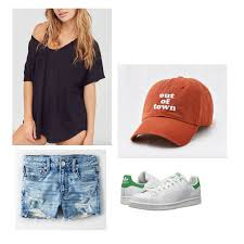 Beach Themed College Party Outfits