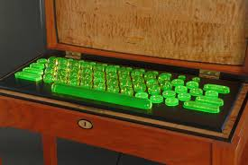 I give you a Uranium Glass Keyboard pics