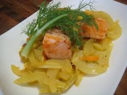 fenouil cuisiner saumon sur lit de fenouil à l orange façon zz astuces et recettes