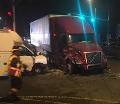 100 Semi Truck Pictures 8 Injured In Crash With Semi Truck Bus In Sumner Tacoma News Tribune