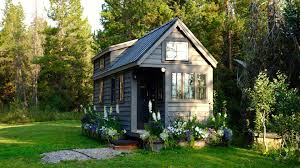 100 Tiny House Newsletter Why Retiring To A Is A Really Bad Idea GOBankingRates