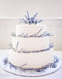 Wedding Cake Ideas White With Lavender Sprigs O DIY Weddings