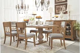 Ollesburg Dining Room Table Large
