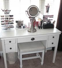 Lighted Makeup Vanity Setshome Inspirations Bedroom Table